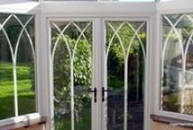 Birdlip 2001 / Gothic arches in the sealed units added a architectural flourish to an otherwise understated conservatory design.