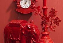 Kleurinspiratie Rood | Deco Home / Rood: de kleur van de liefde. Vlammend, vurig rood. Of juist ingetogen en subtiel.