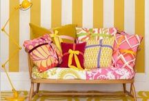 Kleurinspiratie Geel | Deco Home  / Geel, een #kleur waar je vrolijk van wordt. Kleur van de lente en de zon. Kleur van een nieuw begin!