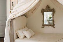 Bedrooms / Indovina!
