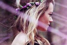 coachella   flowers in her hair / boho. wild hearts. free spirits. dancing at coachella. music festivals. hippies.