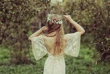 Boho Wedding // Styled Shoot / color palette: nude, peaches, sage, hemlock //  bouquet, floral halo, centerpiece // april 2016