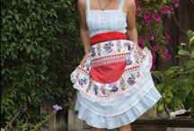 Aprons With Style / Fun aprons through the ages, some vintage, some retro, some mod, some to make with free patterns!