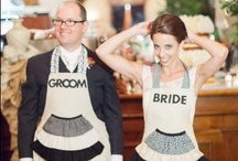 Aprons Holiday & Novelty / Fun, funny and cute for Christmas, Halloween, Valentines, etc
