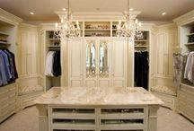 Wow closets !!
