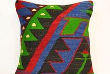 Kilim Pillow / Kilim Pillow Ethnic design Handmade vintage Wool Pillow cover Kilim cushion Throw pillow 40 x 40/16 x 16' Turkish Pillow