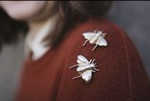 badge+brooch+logo