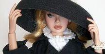 Barbie en élégance noire