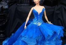Barbie en chic bleu