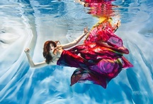 Underwater people / I love underwater photos! Elena Kalis is one of the best photographers. And there is more...
