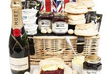 Cream Tea Hampers / Cream Tea Hampers Quintessentially British - available to send UK wide