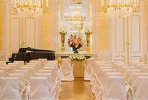 Hochzeits-Locations Wien / Auf dieser Pinnwand zeigen wir die schönsten Hochzeits-Locations in Wien. Ob über der Skyline in einer einzigartigen Eventlocation oder direkt an der Alten Donau - die Geburtsstadt des (Braut-)Walzers hat viele perfekte Orte zu bieten um Ja zu sagen. Alle Locations gibt es auch gründlich sortiert und mit Filtermöglichkeiten auf hochzeits-location.info: http://hochzeits-location.info/heiraten/wien