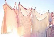 • Clothes rack •