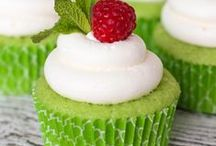 Food ~ Crazy 4 Cupcakes / by Susan Berry