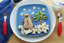 CHRISTMAS Food Fun  / Santas, grinches and much more ... all made from your favorite healthy foods!