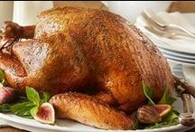 Thanksgiving Feast Favorites / A cornucopia of creative Thanksgiving turkey, sides and appetizer recipes all in one place. Gobble gobble!