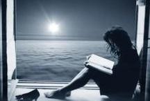 Women Reading / women reading