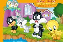 Baby Looney Tunes / ¡Hola! Hello! Es una colección de libros bilingües protagonizados por los pequeños Looney Tunes. Libros inspirados en los capítulos de la serie de televisión.