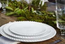 Set the Table / There is no better feeling than sharing your most special moments with your beloved ones at lunch or dinner time. Draw upon these beautiful and stunning serveware to celebrate festivities with the new concept of luxury.