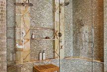 Bathrooms / by Niki Dwiggins