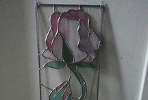 Atelier Jody maakt / Atelier Jody maakt maakt van alles op het gebied van decoraties, glas in lood, sieraden en kleding. Meer weten? Kijk dan op www.jodymaakt.blogspot.com of op facebook.