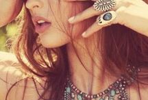 DAHLIA - Bohemian Looks / Henna / Bohemian fashion / jewellery / Henna /Mandala