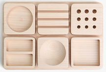 Wood Desktop Organizers / Woodworking desktop organizer project ideas. In order to keep things tidy, everything needs a proper home for storage and easy cleanup.