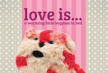 For Lovers of Bagpuss / The Intelex Group have given Bagpuss a brilliant makeover and made him fully warmable in the microwave! From boots, slippers, neck wraps and beautiful plush toys, it's the ultimate feel good gift for loved ones (or yourself!)