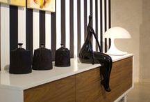 MADAME / MADAME - A stylish accessory for sideboard or sale table. Made of sturdy polyresin with high-gloss lacquer finish.• Ein stilvolles Accessoire für Verkaufstisch oder Sideboard ist MADAME. Hergestellt aus robustem Kunstharz und mit Hochglanzlackierung.
