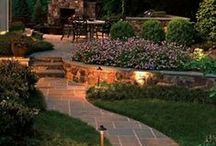 Backyard Makeover / Create a beautiful space for relaxing and entertaining in your own backyard.