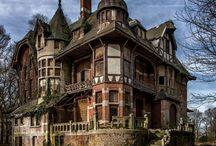 Maisons abandonnées ~ Haunted mansions