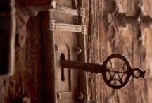 architecture and aesthetic doors (MiMkapı) / ...ANTİKAPI... Özenle seçtiğim kapı tasarım ve çeşitleri