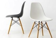 ~Καρέκλες~ / Take a seat, not a side!