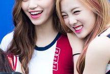 Weki Meki Doyeon & Lucy