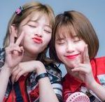 Twice Jungyeon & Chaeyoung