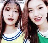 Weki Meki Lua & Doyeon Gif