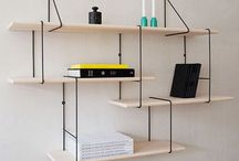 book shelf / estante