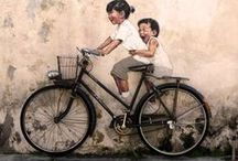 It's a bicycler's world / People riding bikes all over the world