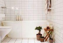 Hello Henley Run A Bath / Beautiful Bathrooms!
