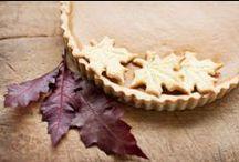 Thanksgiving Dessert Recipes / Cute thanksgiving treats - thanksgiving desserts - turkey fruit tray - turkey cake  / by The First Year