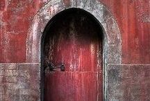 Doors to the Soul / Finding Beauty in Different Doors from all Across the World