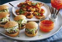 Gourmandises de printemps / L'arrivée des beaux jours, c'est l'occasion rêvée de relancer barbecues, apéritifs en plein air et autres planxa. Pour vous aider à faire le bon choix, voici une sélection gourmande aux petits oignons...