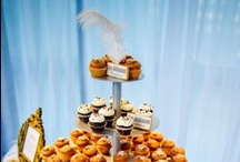 Feathers + Cake Make a Yummy Thing Great / Feathers and wedding cakes...a fun new trend