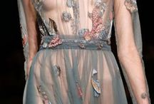 ✘ BEAUTIFUL RUNWAY DETAILS / Haute Couture, Ready To Wear, Bridal, Cruise and Pre-Fall Collections. All around the world.