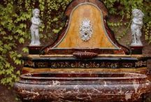 Garden: stone and marble Fountains / A collection of the best stone fountains