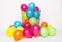 À fond les ballons ! / Voici une sélection de jolis ballons, originaux et ravissants pour une décoration au top de mariage, d'anniversaire ou encore pour un photobooth décalé ou romantique. Have fun !