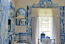 Blue and White Bathrooms / by Fran Gremaud
