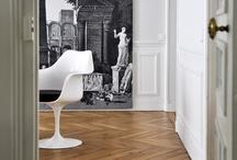 Projet de Décoration-Un appartement parisien / Un doux télescopage de grands noms du design, de pièces plus modestes, de vintage, de mobilier réédité, de tenture néoclassique, de toile de lin vaporeuse, de peaux de bêtes chaleureuses et de céramique aux tons poudrés.