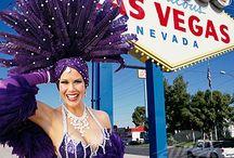 La la Las Vegas showgirls / Feathers & Flesh