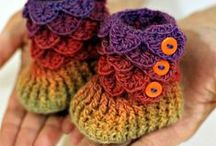 CROCHET/KNIT BABY BOOTIES